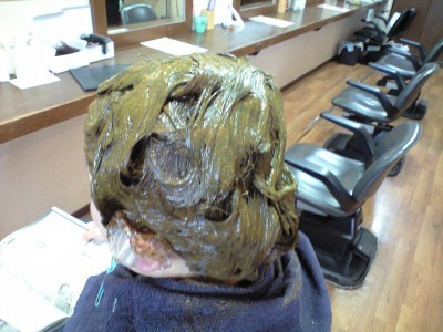 伊丹の美容室ヘアーファクトリーレアポエの天然ヘナ